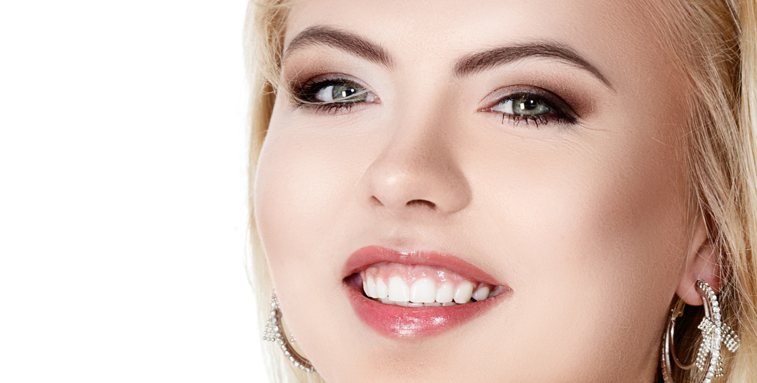 Gum reconstruction techniques also known as periodontal plastic surgery, gum plastic surgery, gum contouring surgery and periodontal cosmetic surgery play a big role in creating a proper gum level, restore balance between the gum tooth ratio, and enhance the overall smile.